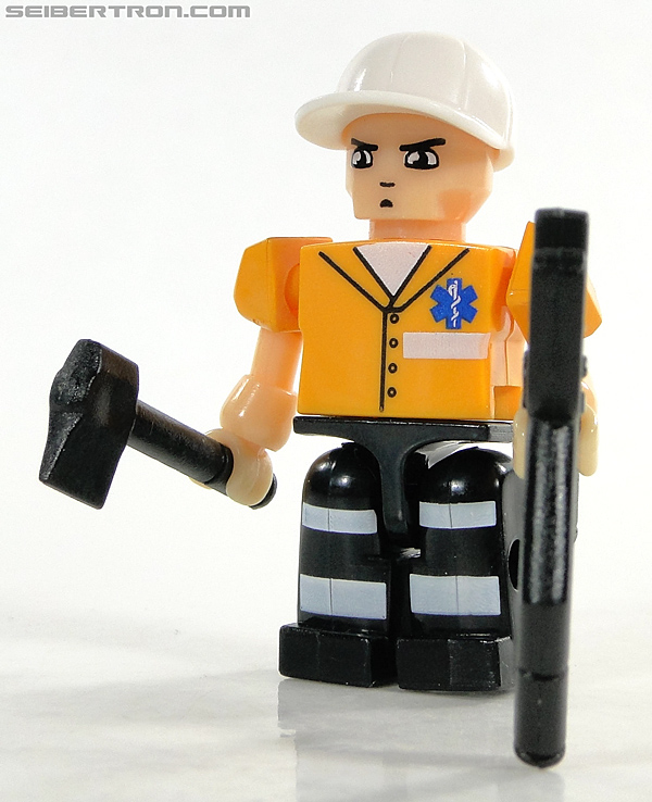 Kre-O Transformers Kreon Medic (Image #14 of 41)