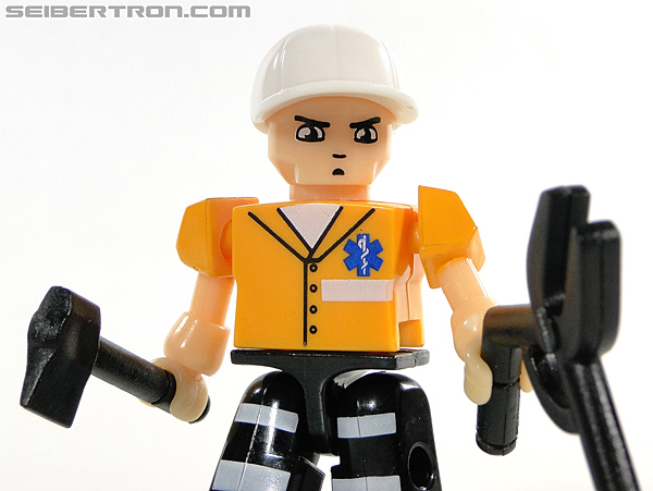 Kre-O Transformers Kreon Medic (Image #19 of 41)