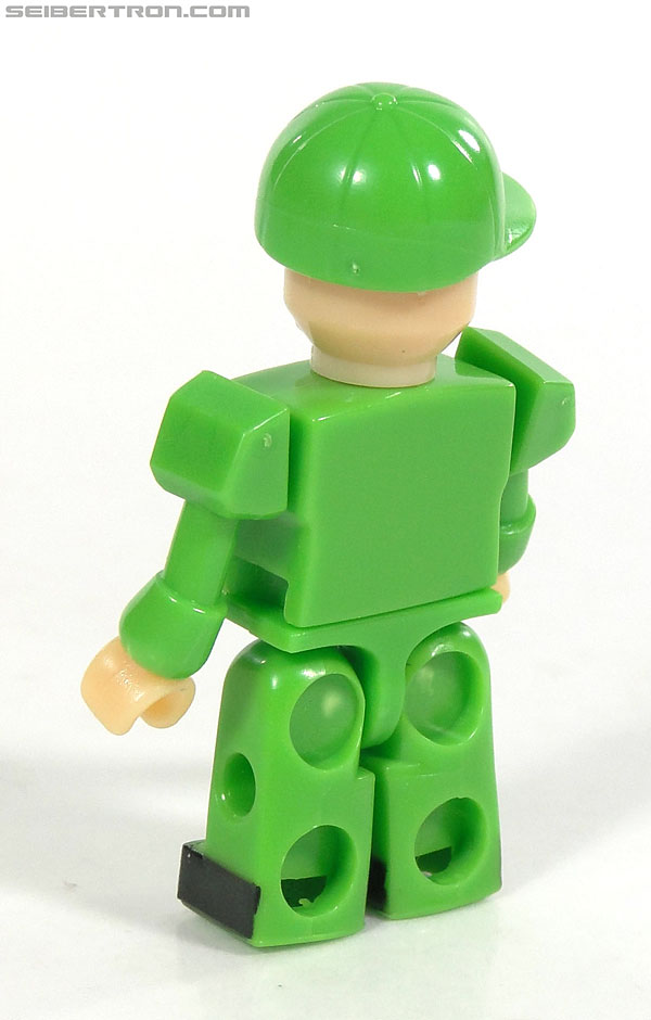 Kre-O Transformers Kreon Specialist (Image #15 of 48)