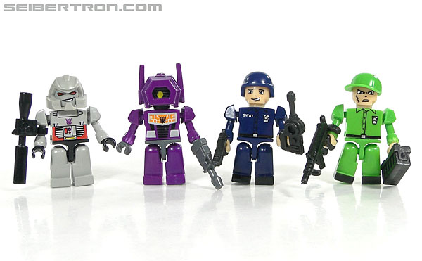 Kre-O Transformers Kreon Specialist (Image #48 of 48)