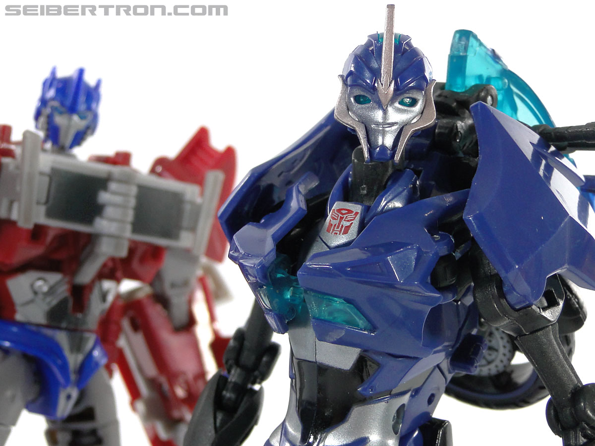 Transformers Prime: First Edition Arcee (Image #111 of 129)