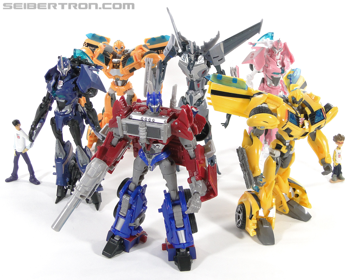 Transformers Prime: First Edition Bumblebee (NYCC) (Image #184 of 185)