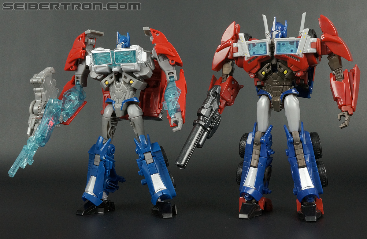 Transformers Prime: First Edition Optimus Prime (Image #155 of 175)