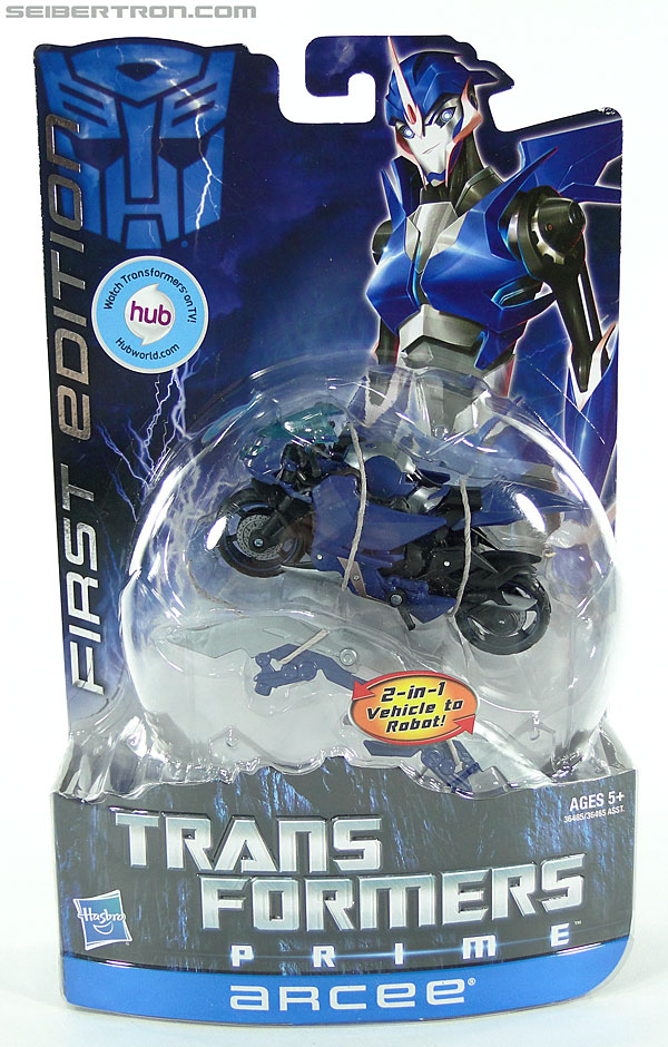 Transformers Prime: First Edition Arcee (Image #1 of 129)