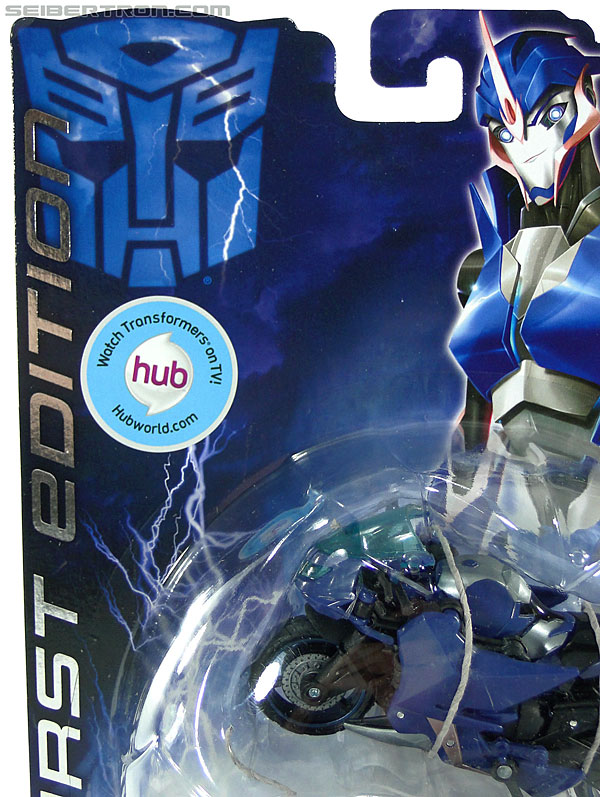 Transformers Prime: First Edition Arcee (Image #6 of 129)