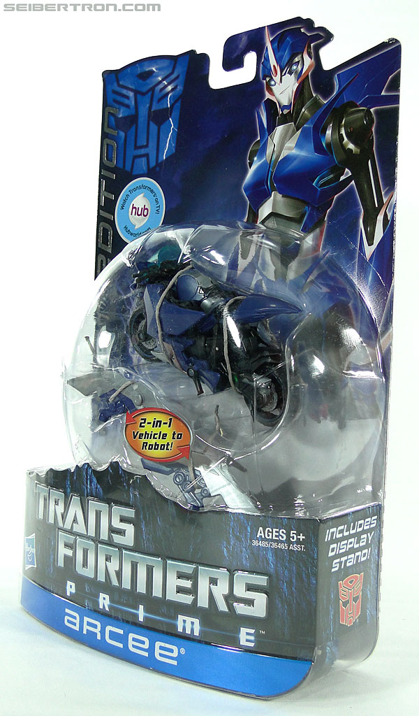 Transformers Prime: First Edition Arcee (Image #15 of 129)