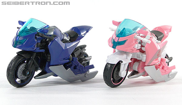 Transformers Prime: First Edition Arcee (Image #46 of 129)