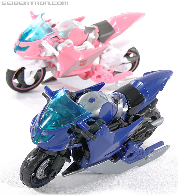 Transformers Prime: First Edition Arcee (Image #48 of 129)