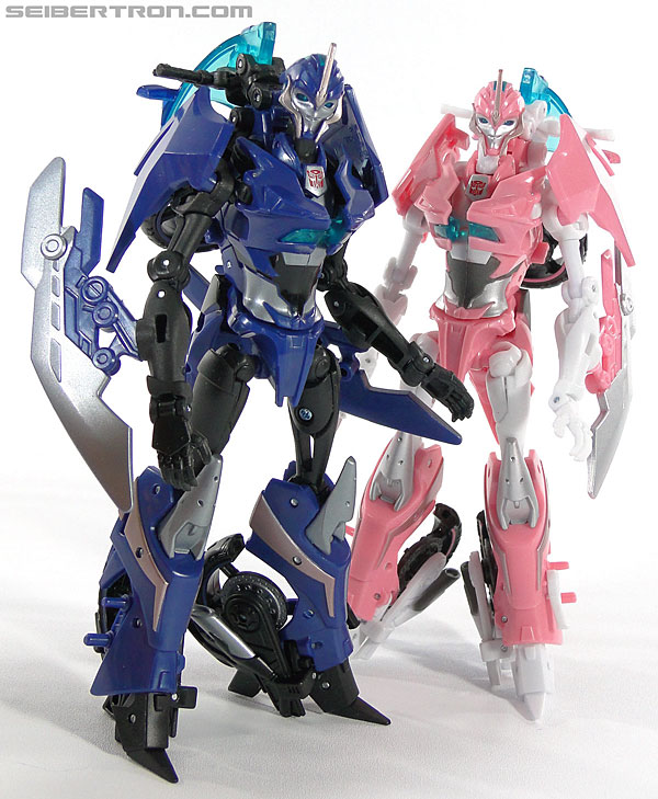 Transformers Prime: First Edition Arcee (Image #121 of 129)