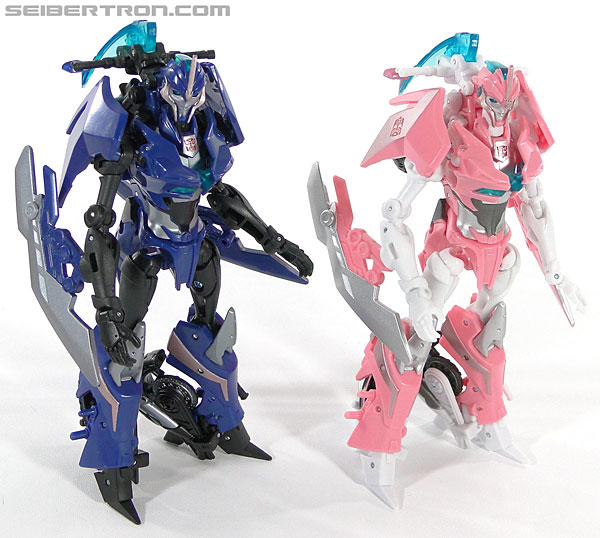 Transformers Prime: First Edition Arcee (Image #122 of 129)