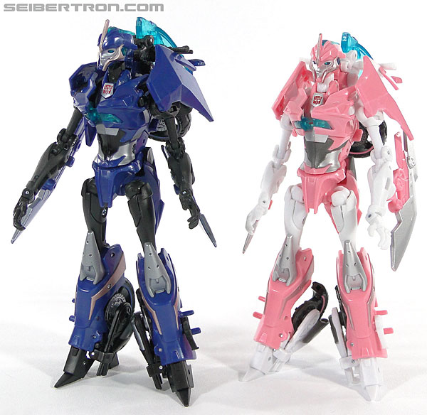 Transformers Prime: First Edition Arcee (Image #125 of 129)