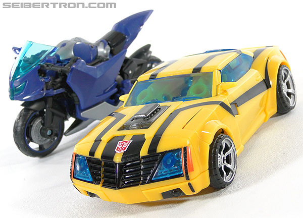 Transformers Prime: First Edition Bumblebee (Image #34 of 130)