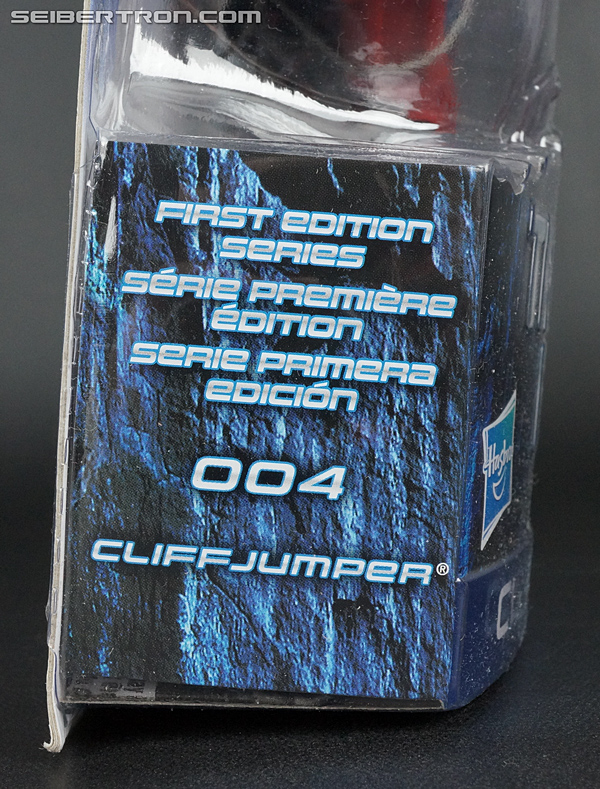 Transformers Prime: First Edition Cliffjumper (Image #5 of 164)