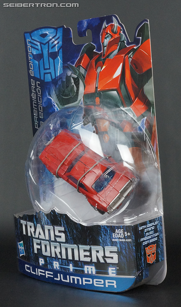 Transformers Prime: First Edition Cliffjumper (Image #11 of 164)