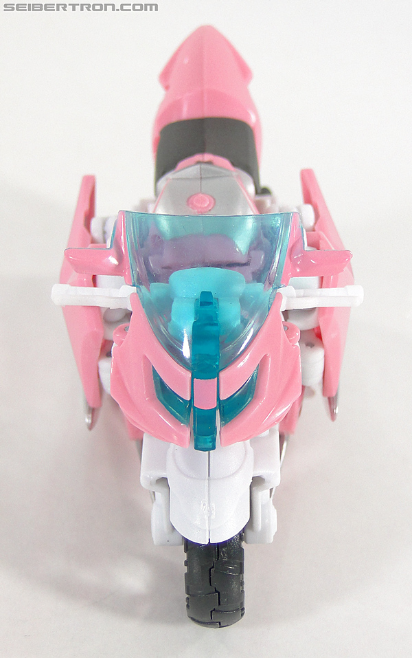 Transformers Prime: First Edition Arcee (NYCC) (Image #2 of 127)