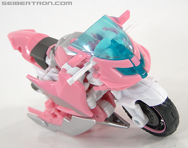 Transformers Prime: First Edition Arcee (NYCC) (Image #3 of 127)