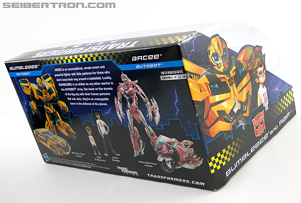 Transformers Prime: First Edition Bumblebee (NYCC) (Image #16 of 185)