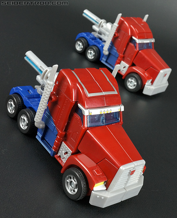 Transformers Prime: First Edition Optimus Prime (Image #29 of 135)