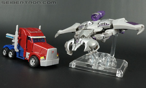 Transformers Prime: First Edition Optimus Prime (Image #32 of 135)
