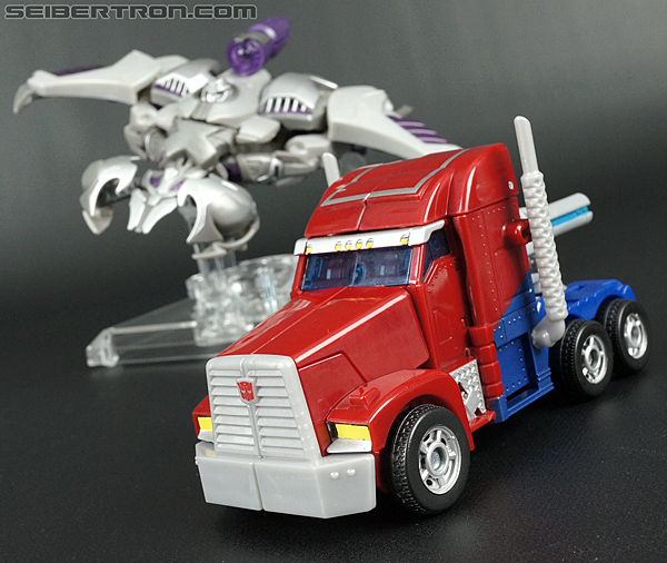 Transformers Prime: First Edition Optimus Prime (Image #34 of 135)