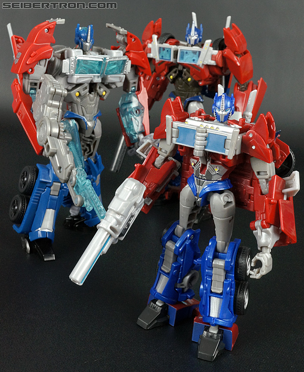 Transformers Prime: First Edition Optimus Prime (Image #133 of 135)