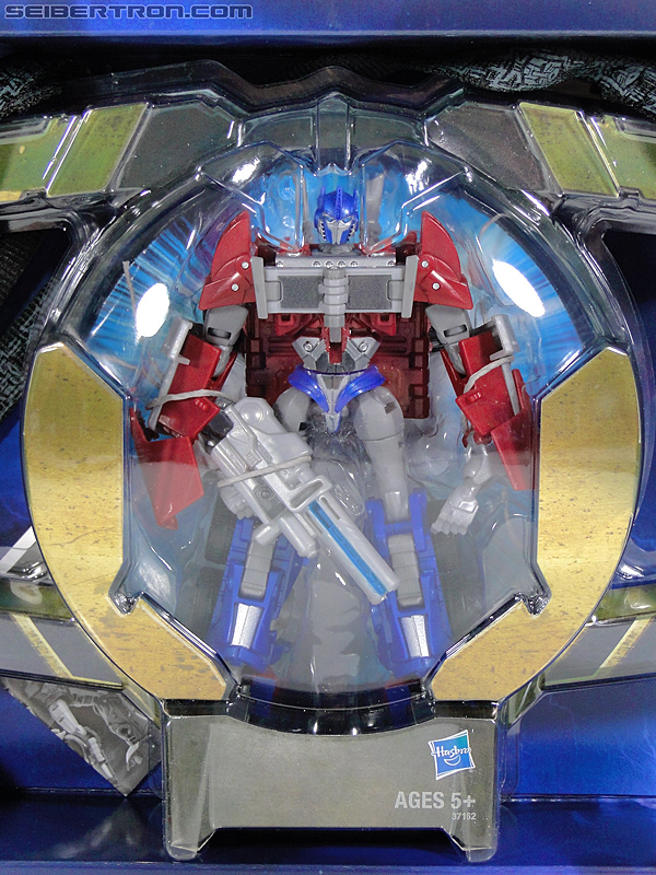 Transformers Prime: First Edition Optimus Prime (Image #27 of 170)