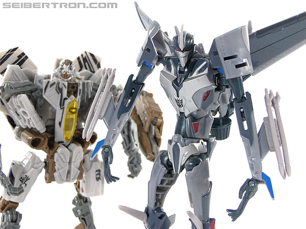 Transformers Prime: First Edition Starscream (Image #135 of 136)