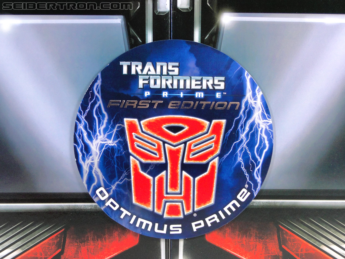 Transformers Prime: First Edition Optimus Prime (Image #11 of 170)