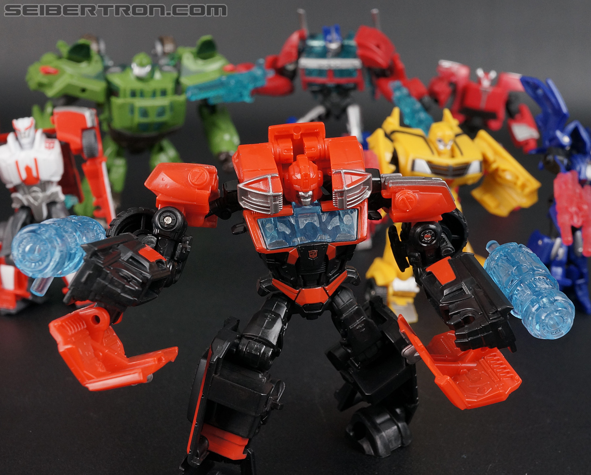 Transformers Prime: Cyberverse Ironhide (Image #130 of 131)