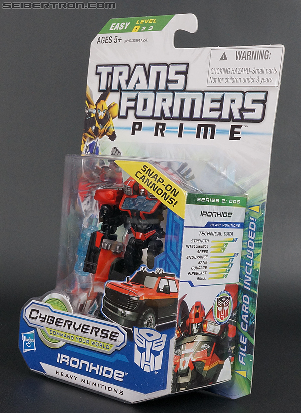 Transformers Prime: Cyberverse Ironhide (Image #11 of 131)