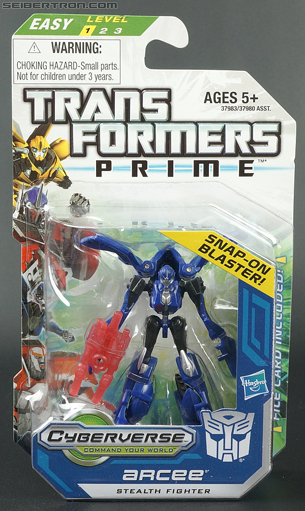 Transformers Prime: Cyberverse Arcee (Image #1 of 101)