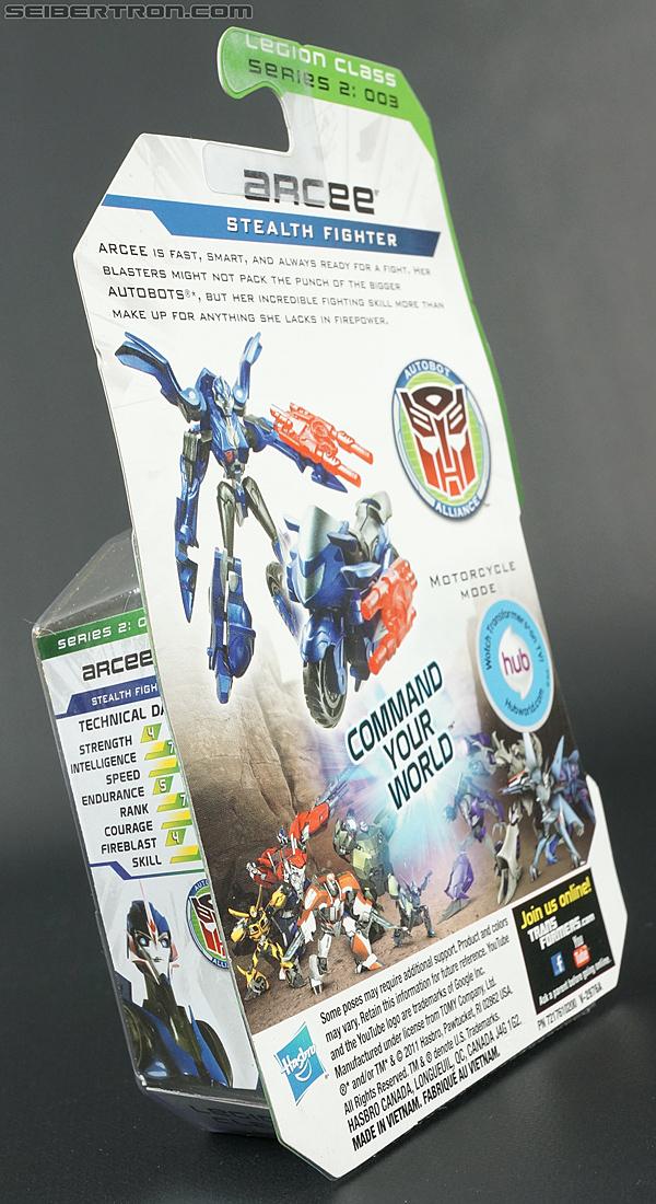 Transformers Prime: Cyberverse Arcee (Image #8 of 101)