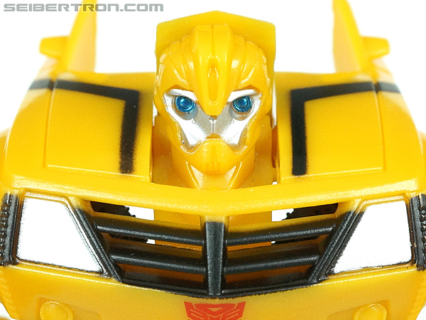 Transformers Prime: Cyberverse Bumblebee gallery