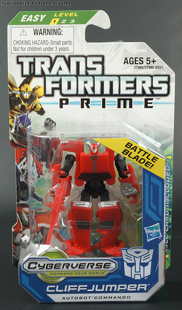 Transformers Prime: Cyberverse Cliffjumper (Image #1 of 124)