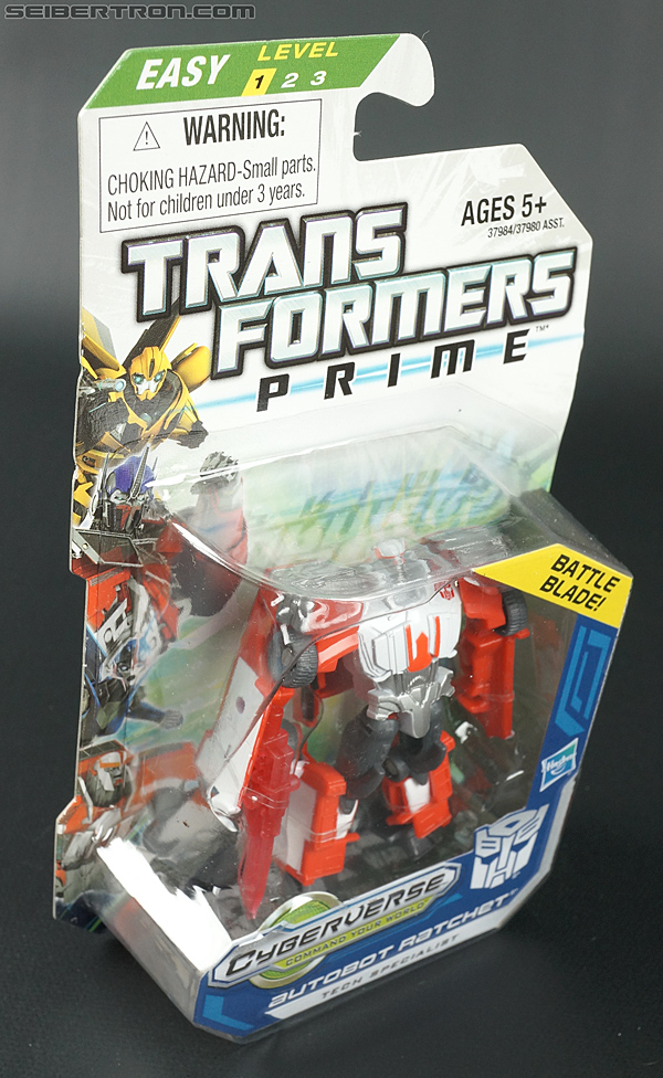 Transformers Prime: Cyberverse Ratchet (Image #3 of 111)