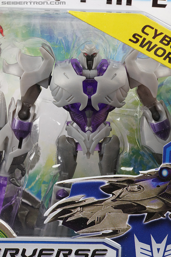 Transformers Prime: Cyberverse Megatron (Image #2 of 144)