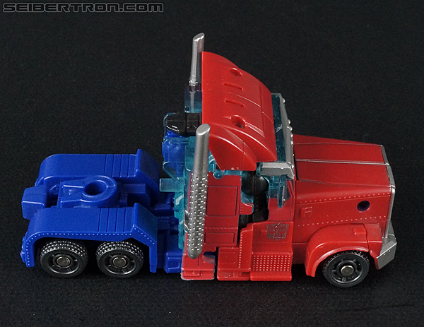 Transformers Prime: Cyberverse Optimus Prime (Image #23 of 162)