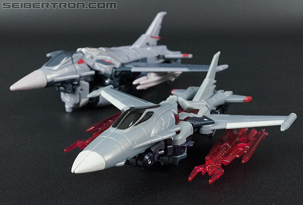 Transformers Prime: Cyberverse Starscream (Image #35 of 154)