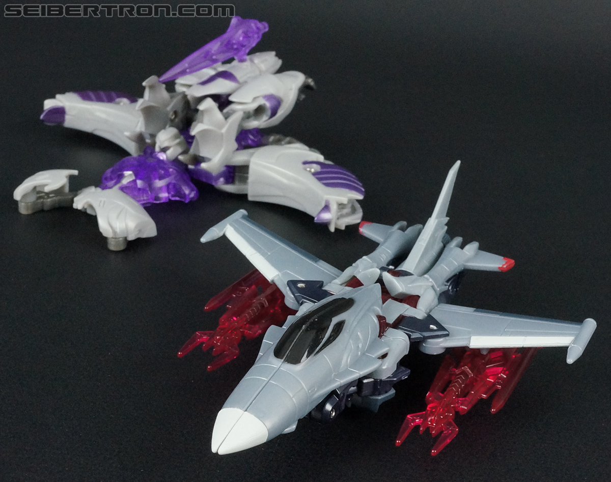 Transformers Prime: Cyberverse Starscream (Image #36 of 154)