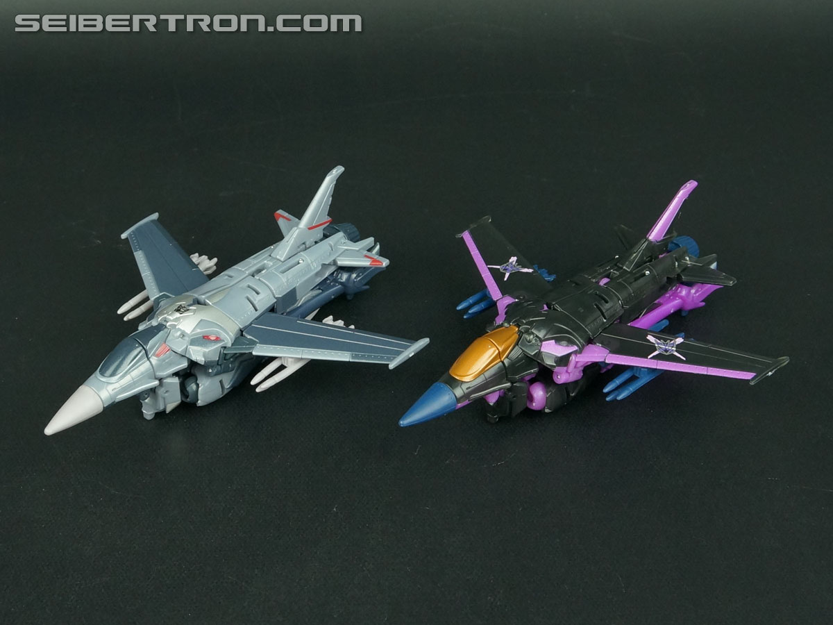 Transformers Prime: Robots In Disguise Dark Energon Starscream (Image #40 of 128)