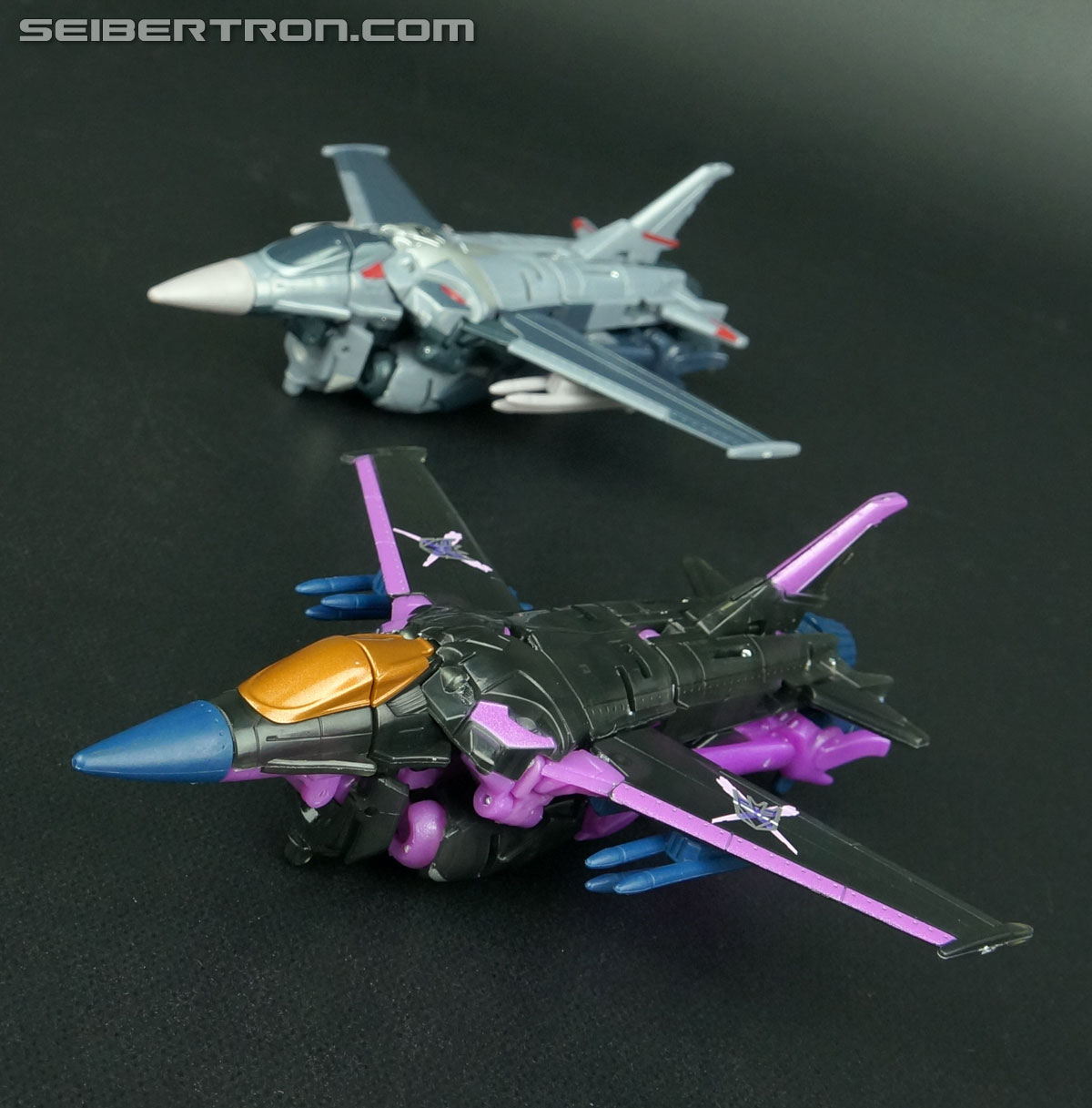 Transformers Prime: Robots In Disguise Dark Energon Starscream (Image #41 of 128)