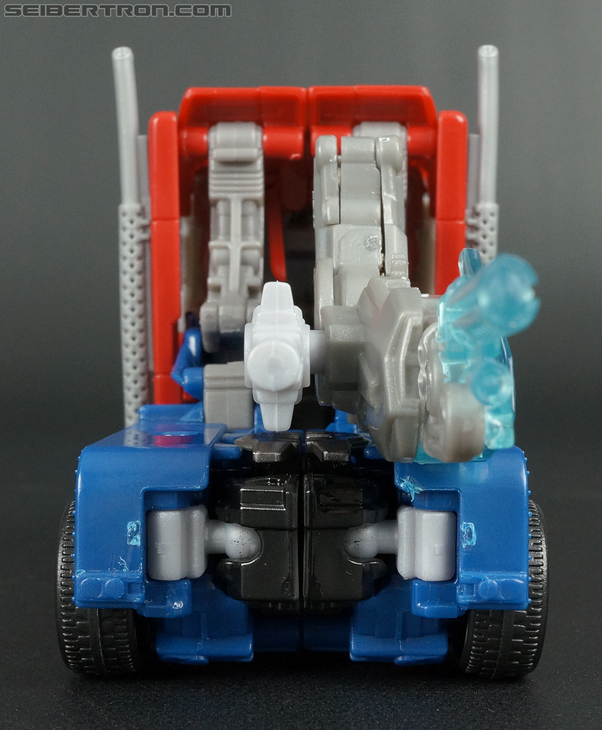 Transformers Prime: Robots In Disguise Optimus Prime (Image #43 of 176)