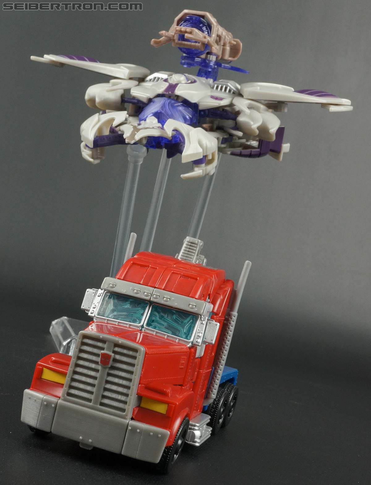 Transformers Prime: Robots In Disguise Optimus Prime (Image #71 of 176)