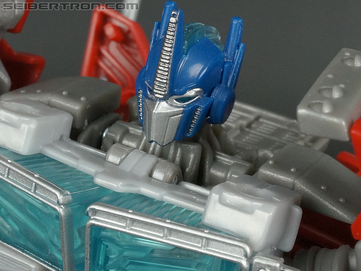 Transformers Prime: Robots In Disguise Optimus Prime (Image #104 of 176)