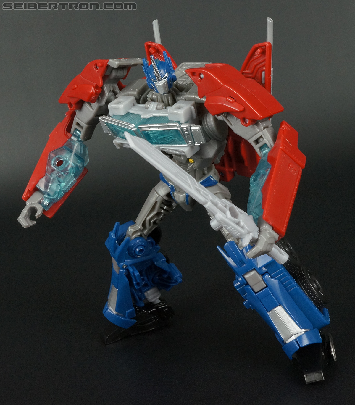Transformers Prime: Robots In Disguise Optimus Prime (Image #111 of 176)