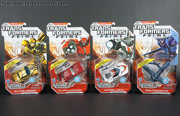 Transformers Prime: Robots In Disguise Bumblebee (Image #31 of 165)