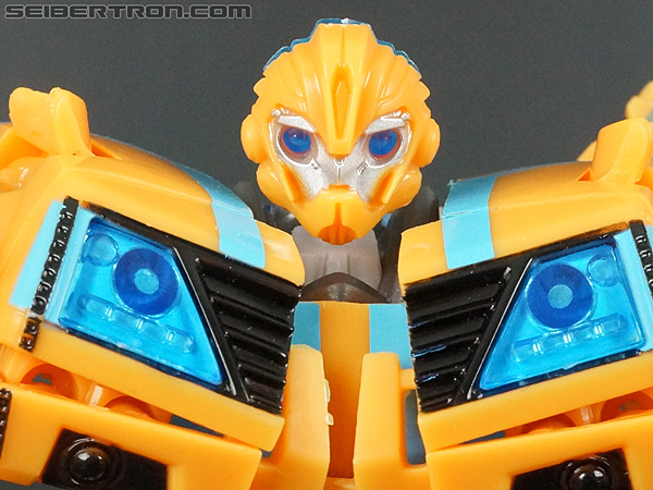 Transformers Prime: Robots In Disguise Bumblebee (Entertainment Pack) gallery