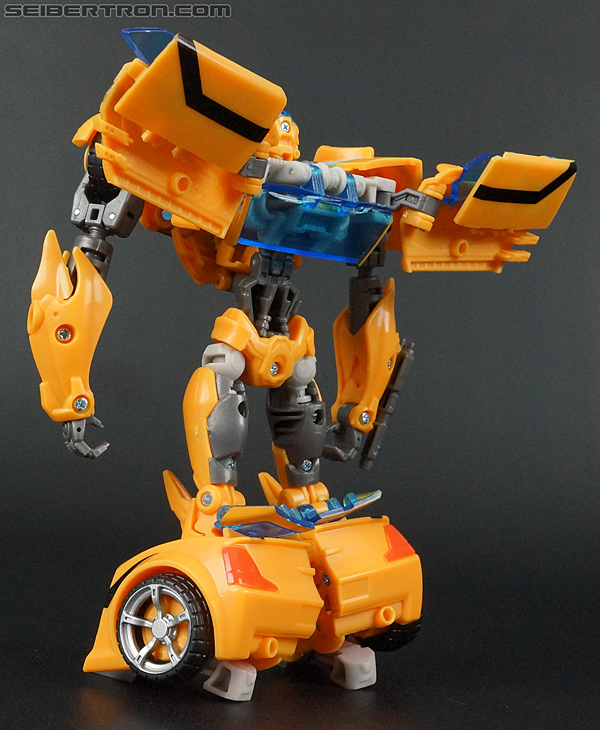 Transformers Prime: Robots In Disguise Bumblebee (Entertainment Pack) (Image #42 of 94)