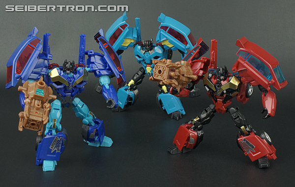 Transformers News: Jagex Mentions Transformers: Universe MMO Toy Line