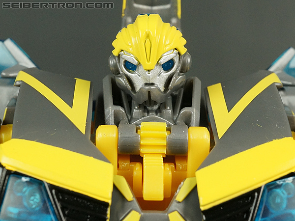 Transformers Prime: Robots In Disguise Shadow Strike Bumblebee gallery